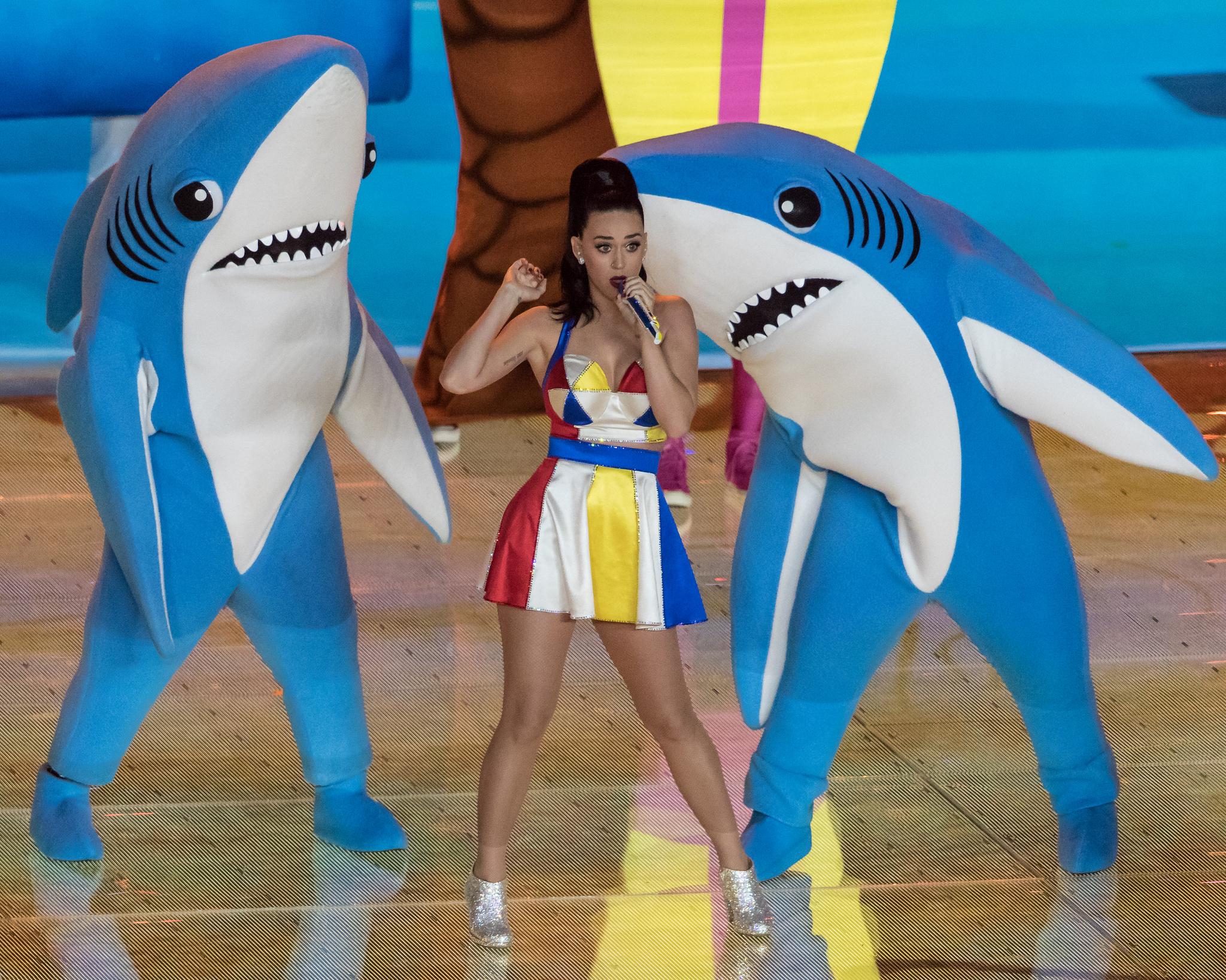 Left Shark Steals The Show