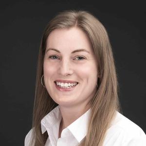 Charlotte Wickham Headshot