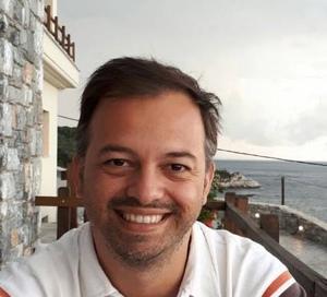 Alexandros Tantos Headshot