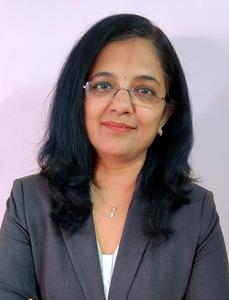 Sowmya Vivek Headshot