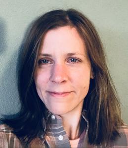 Kathrin Gruber Headshot